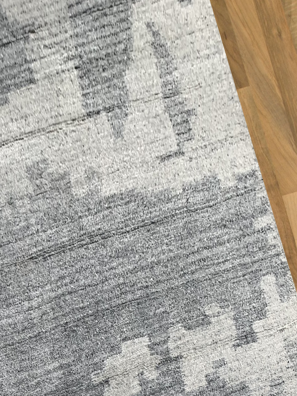 Carpetmantra Handknotted Bamboo Silk Silver Grey Carpet 5.3ft X 7.7ft