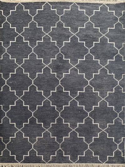 Carpetmantra Handknotted Bamboo Silk Charcoal Carpet 5.7ft X 7.10ft