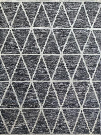 Carpetmantra Bamboo Silk Handmade Black Carpet 5.8ft X 8.7ft